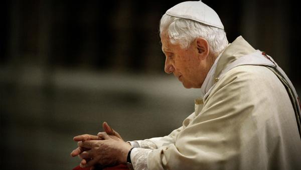 Existe algum pecado que somente o Papa pode perdoar?