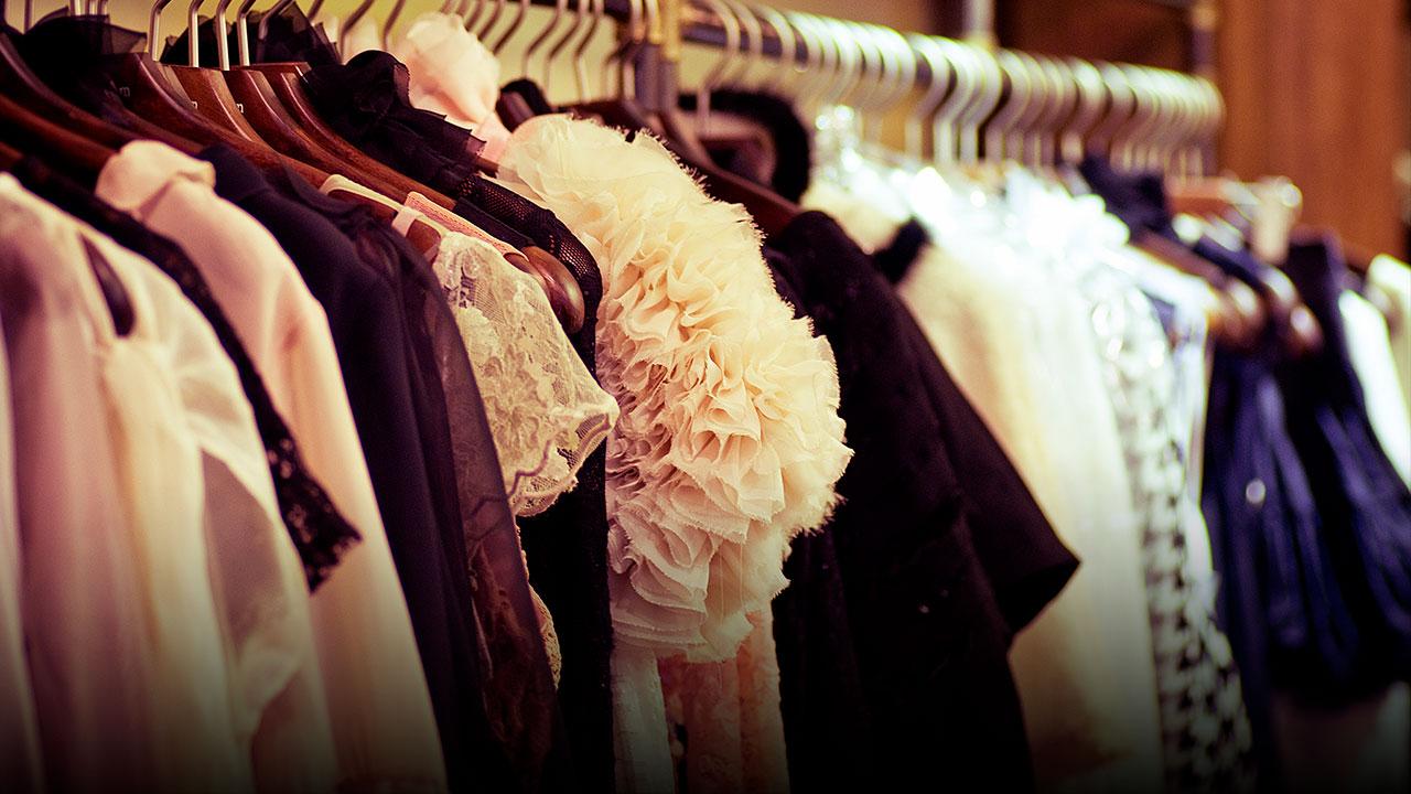 É pecado usar roupas curtas ou colantes?