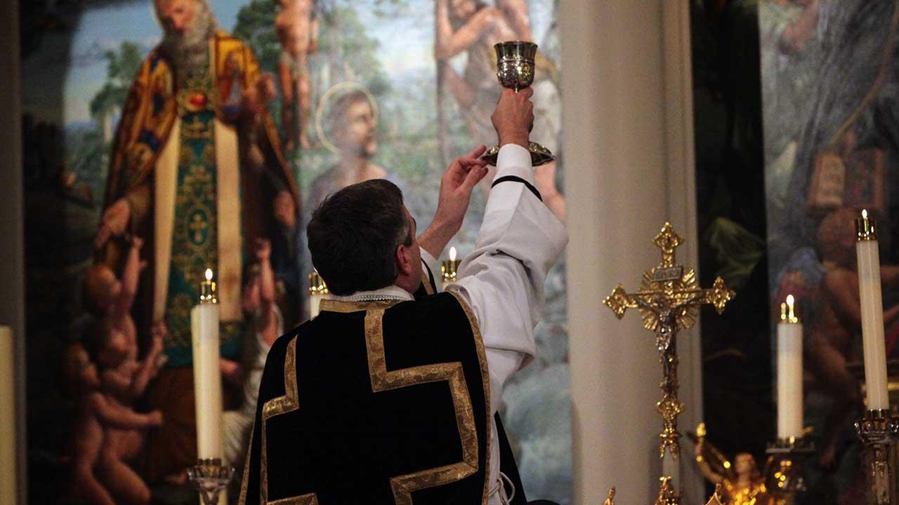 Ainda se celebra Missa pelos mortos?