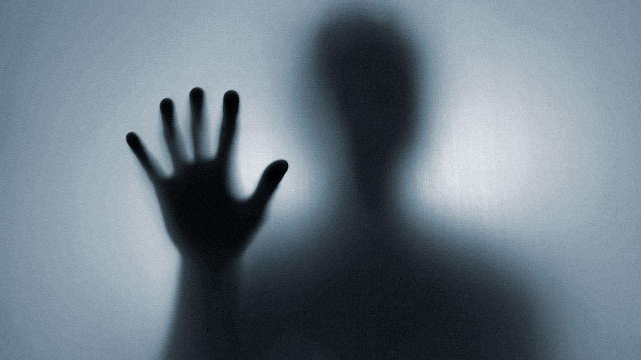 A mão invisível que destrói as famílias