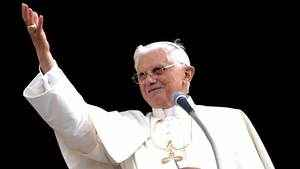 28. Fidelidade ao Papa: as três alvuras da fé católica