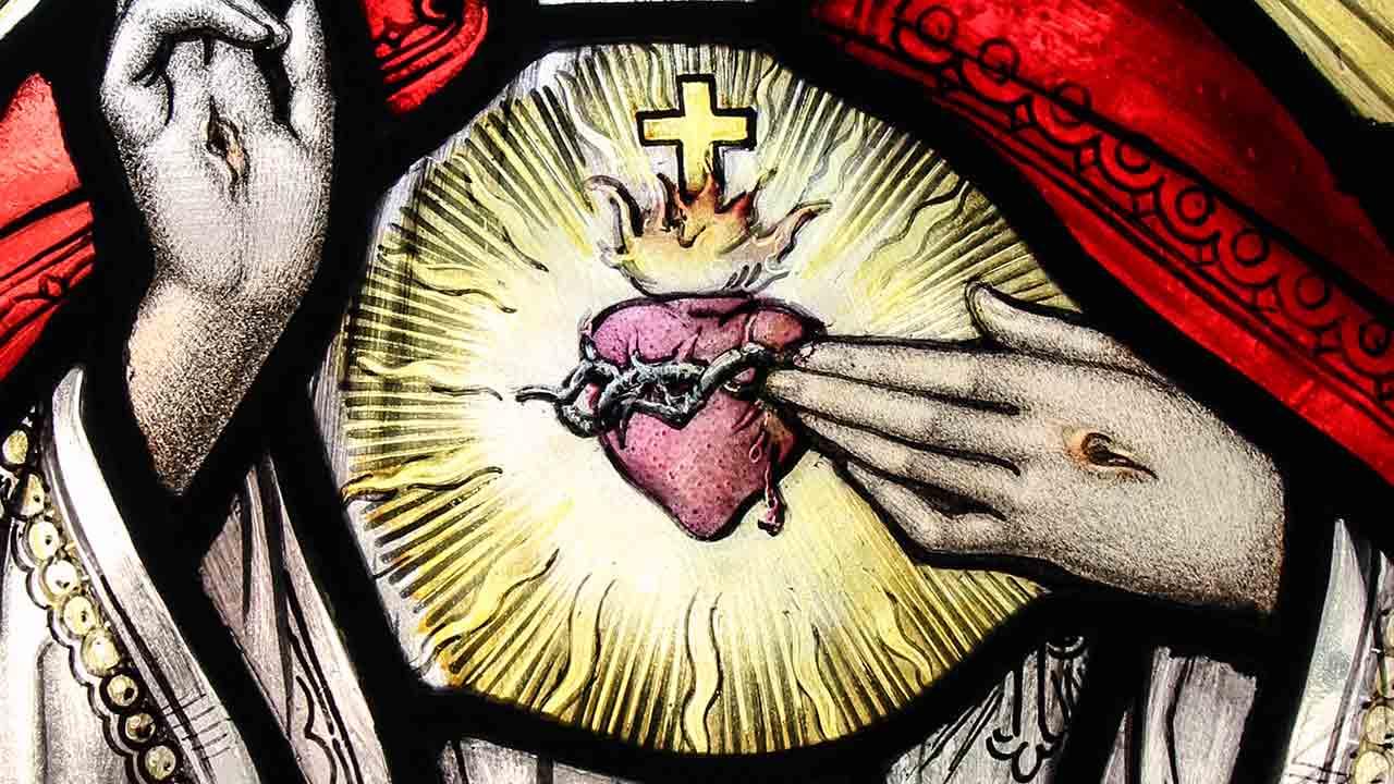 Deus nos amou com um Coração humano