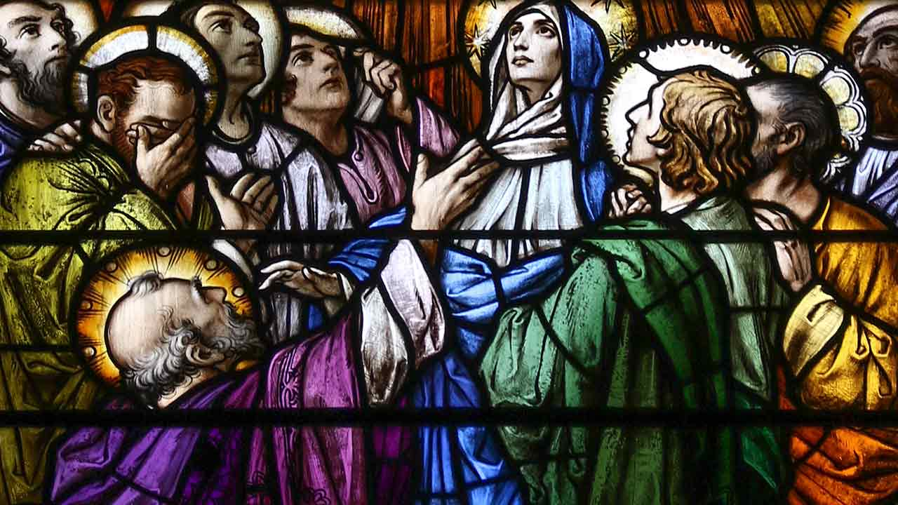 Nem materialistas, nem panteístas: católicos!