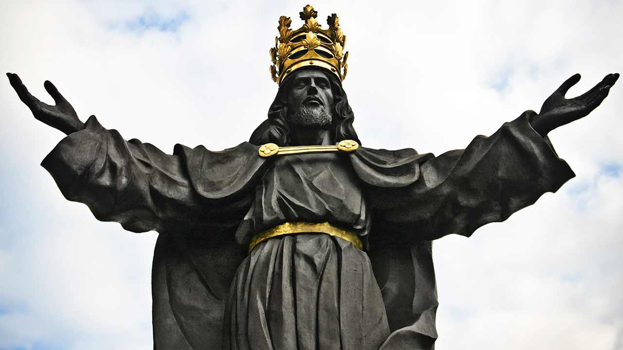 Ou reina Cristo ou Satanás