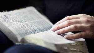 101. Qual a diferença entre a Bíblia católica e a protestante?