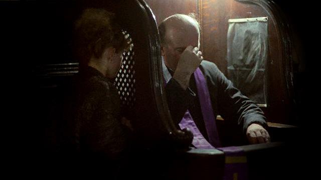 Todo padre pode ouvir confissão?