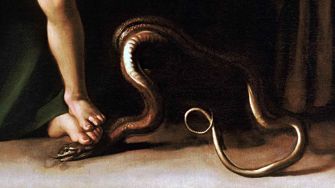 Quem esmagou a cabeça da serpente? Jesus ou Maria?