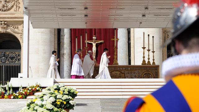 Papa Francisco e a Liturgia de Bento XVI (II)