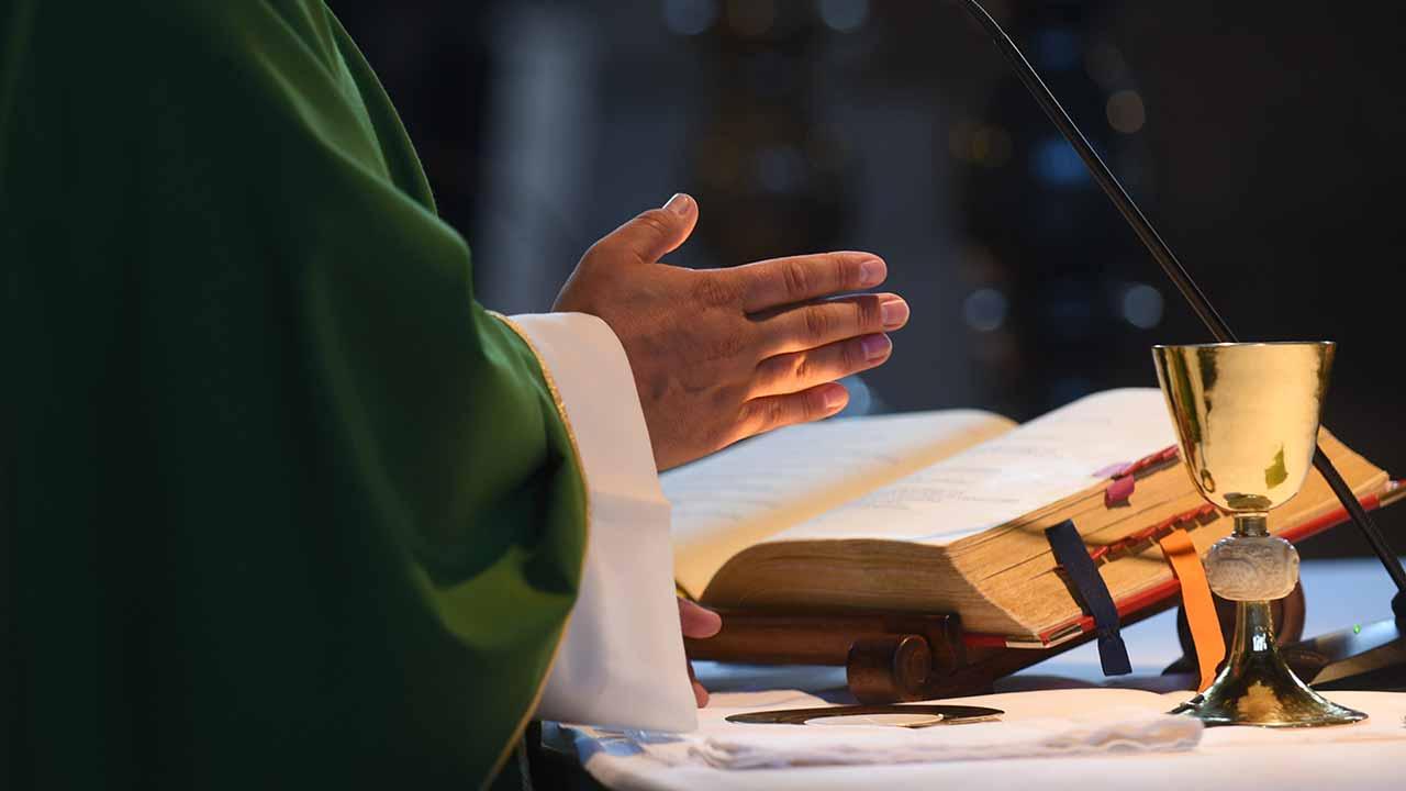 Devo ir à Missa por pura obrigação?