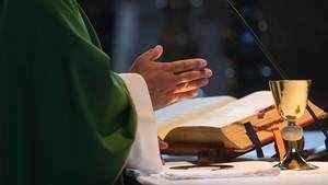 155. Devo ir à Missa por pura obrigação?