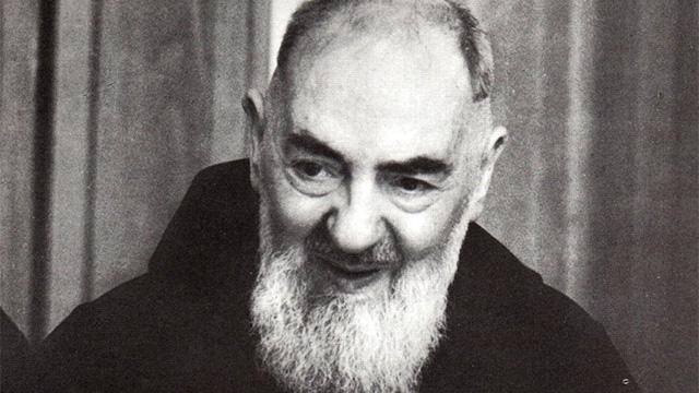 Por que Padre Pio apanhava do demônio?