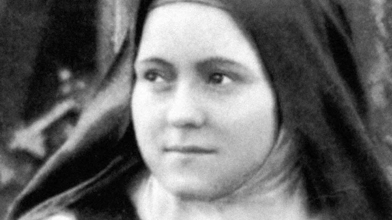 Em que consiste a infância espiritual de Santa Teresinha do Menino Jesus?
