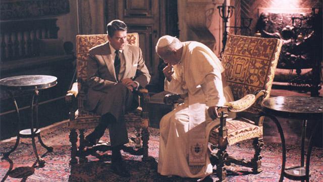 Aliança política entre católicos e evangélicos