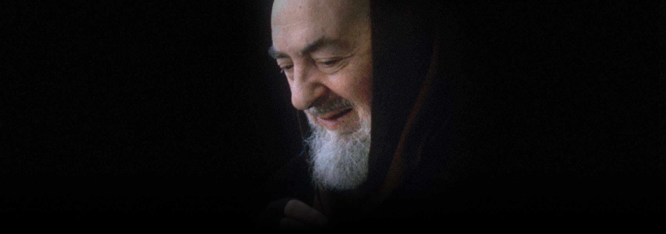 """Padre Pio nos alerta para """"um defeito que destrói a caridade"""""""