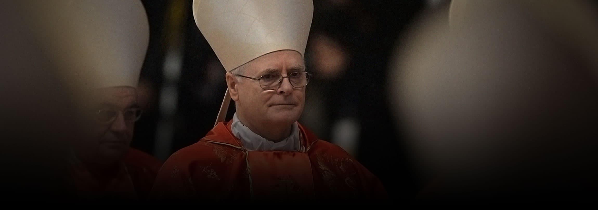 Cardeal Dom Odilo Scherer enfrenta protestos anti-católicos na PUC-SP