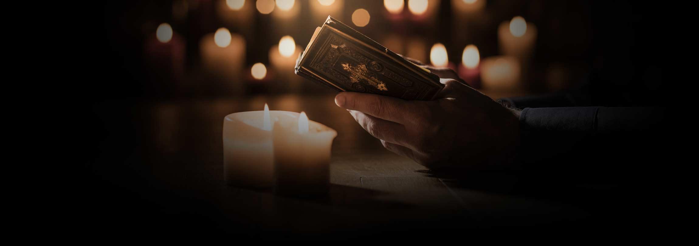 """Liturgia das Horas, uma """"escola de oração"""""""