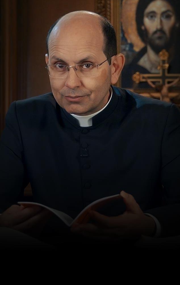 <p>Padre Paulo Ricardo apresenta aos alunos as questões atuais da Igreja e responde suas dúvidas.</p>
